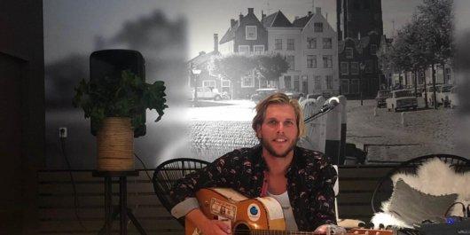 Heerlijk feestje in Oostdam met muziek van Sjoerd